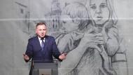 Polens Präsident Andrzej Duda spricht auf der Gedenkfeier in Wielun.