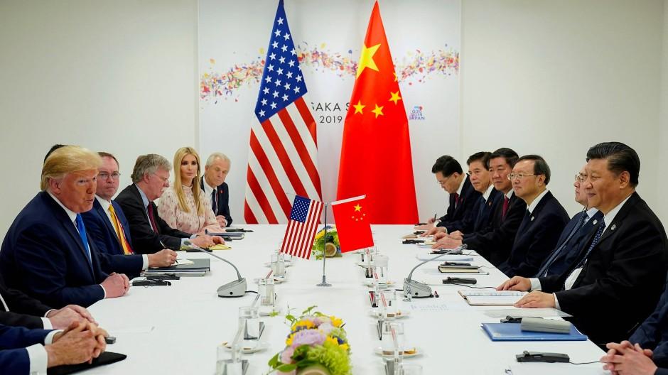 Trump bei einem Treffen mit Xi während des G20-Treffens in Osaka im Juni