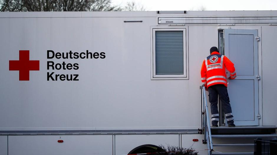 """Mobile Teststation in Heinsberg: """"Wir haben versucht, ganz einfache Fragen zu beantworten."""""""
