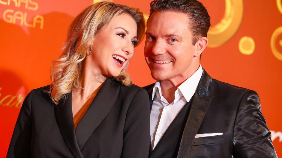 Zauberhafte Ehe: Anna-Carina und Stefan Mross überraschen sich regelmäßig in irgendwelchen Fernsehshows mit Anträgen oder Liebesbotschaften.