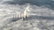 Die Wolken lichten sich: Fortum will wohl doch eine Mehrheit an Uniper übernehmen – und damit auch dessen Kraftwerk Staudinger bei Frankfurt.
