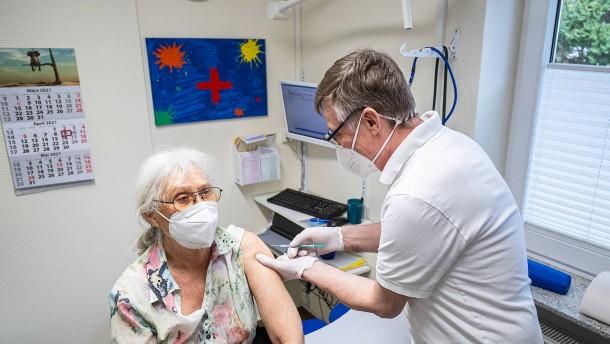 Erstmals ausreichend Impfstoff für Arztpraxen