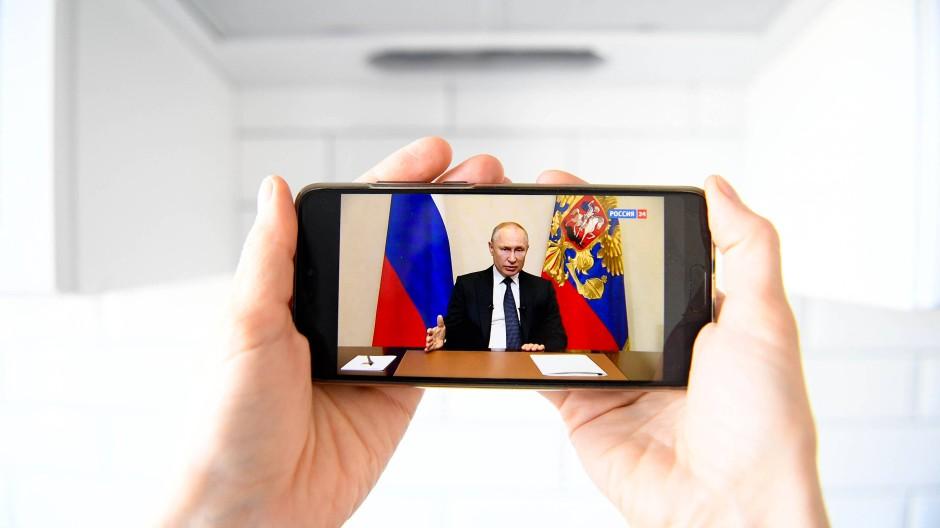 Herr über die Propaganda: Präsident Putin bei seiner Corona-Ansprache vergangene Woche