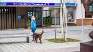 Öffnet in der nächsten Woche zum letzten Mal: Die Filiale der Frankfurter Volksbank in Kronberg-Oberhöchstadt