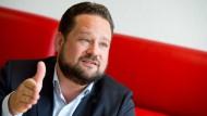 Alexander Bonde im August 2015 in Stuttgart: Seine Ex-Geliebte wirft dem Grünen-Politiker Vergewaltigung vor.