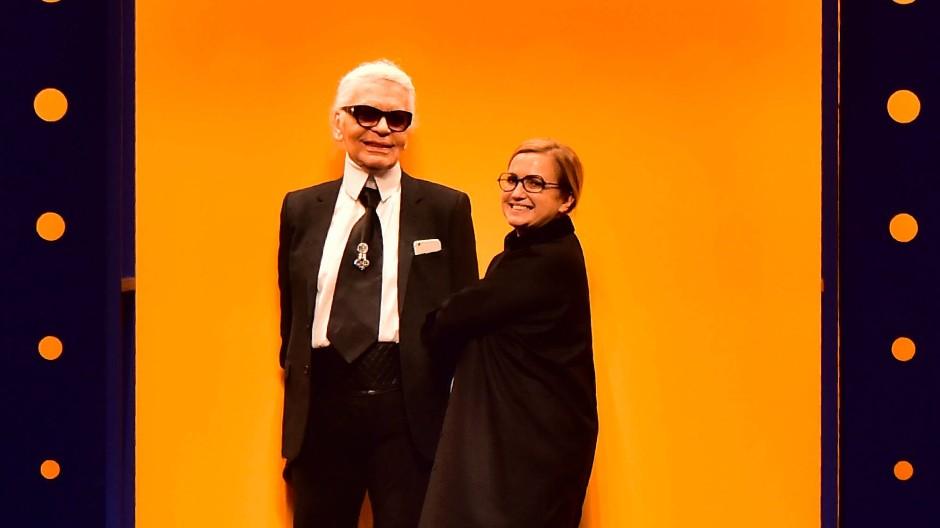 Im Februar 2016: Karl Lagerfeld und Silvia Fendi zeigen sich nach der Fendi-Schau.