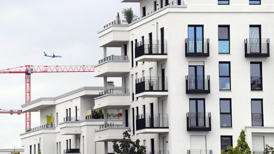Schön, neu und teuer: Neu errichtete Mehrfamilienhäuser im Europaviertel nahe dem Frankfurter Messegelände.