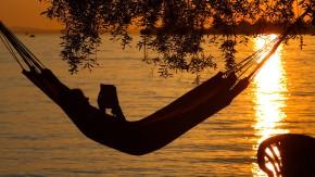 Darf ich meinen Urlaub aus persönlichen Gründen verlängern?