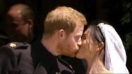 Der Moment, auf den alle gewartet haben: der royale Hochzeitskuss.