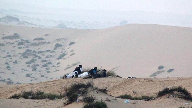 Ägypten greift Islamisten auf dem Sinai an