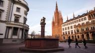 Erwischt: Bei der Befragung einiger Wiesbadener kamen auch unschöne Tatsachen ans Tageslicht.