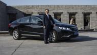 Ende Februar war der chinesische Milliardär Li Shufu auf einen Schlag zum größten Einzelaktionär der Daimler AG aufgestiegen.