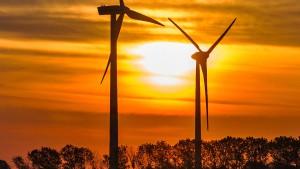 Weniger neue Windräder an Land