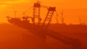 RWE darf weiter Kohle baggern