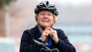 Auf dem Fahrrad unterwegs: Bundesumweltministerin Svenja Schulze