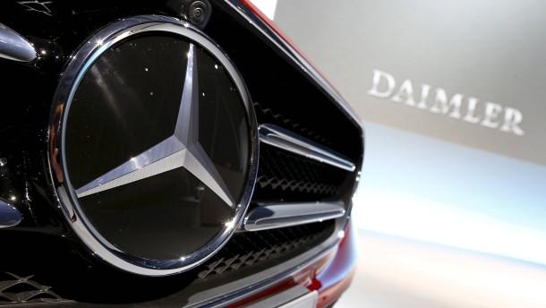 Anleger verkaufen Autowerte und Beiersdorf