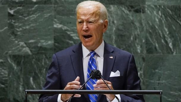 Biden: Die Welt muss zusammenhalten