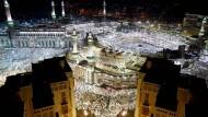 Millionen Muslime pilgern in jedem Jahr nach Mekka (Archivbild)