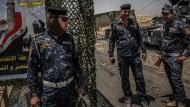 Sicherheitskräfte durchkämmen Mossul Haus für Haus