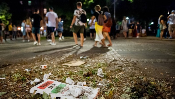 Egoismus auf den Müll