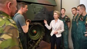 Verschleiert die Bundeswehr ihre Mängel?