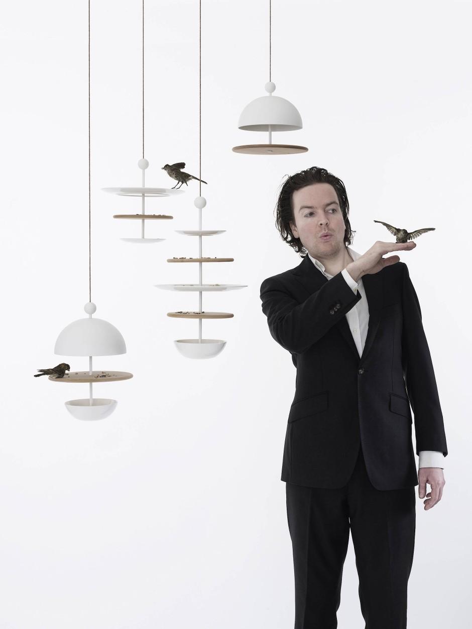 """Stylisch, aber kaum wetterfest: Vogelfutterstation """"Dish of Desire"""" von Frederik Roijé"""