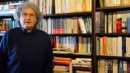 Buchhandlungsreisender: Gérard Scappini vor heimischer Kulisse