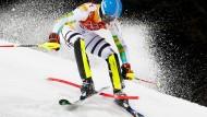 Das Ende einer olympischen Slalom-Hoffnung: Felix Neureuther fädelt ein und scheidet aus