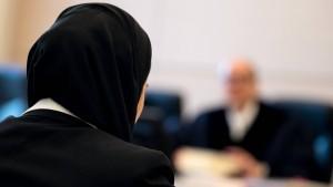 Kopftuchverbot am Arbeitsplatz kann gerechtfertigt sein