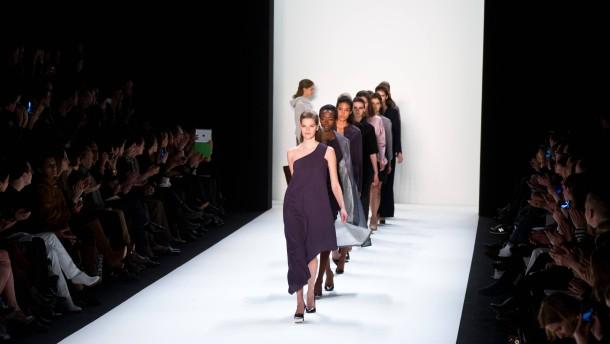 Im Osten geht die Mode auf