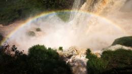 Hochwasser an den Iguazú-Wasserfällen