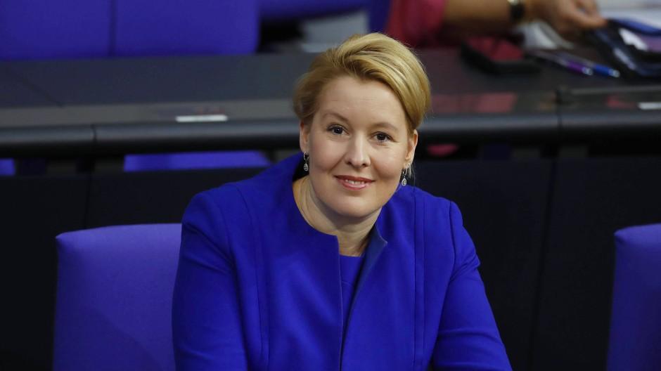 Familienministerin Franziska Giffey Ende November während einer Bundestagsdebatte