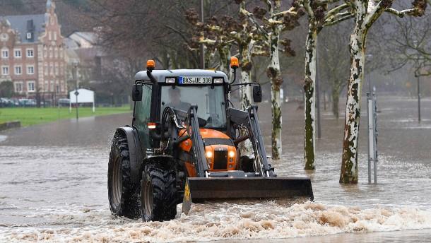 Städte rüsten sich für das Hochwasser