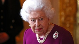 Die Queen liest Johnson