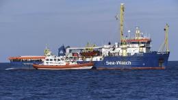 """""""Sea-Watch 3"""" darf nicht anlegen"""
