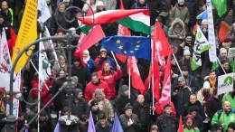 Mehr Widerstand gegen Autokraten