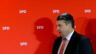 Klar erkennbar Absetzbewegungen: SPD-Vorsitzender und Wirtschaftsminister Sigmar Gabriel