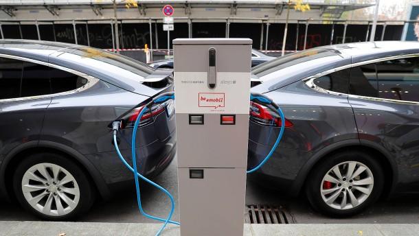 Nachfrage nach E-Autos steigt deutlich