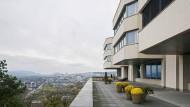 55 Minuten mit dem Minister: Aussicht von der Terrasse des Hotels Borik in Pressburg