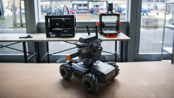 Roboter in der Warteschlange
