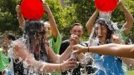 Kalte Dusche im Kampf gegen ALS