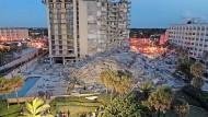 Forensische Ingenieure untersuchen, warum das Hochhaus in Miami einstürzte.