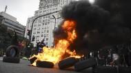 Straßenschlachten in Buenos Aires