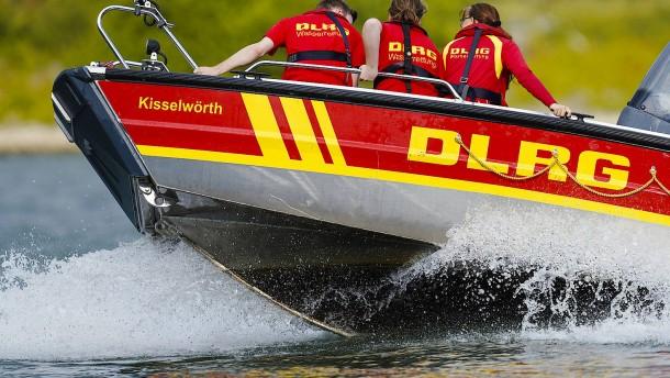 DLRG warnt vor Baden im Rhein