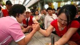 Armdrücken erobert China
