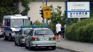 Patient schießt auf Arzt in Berliner Klinik