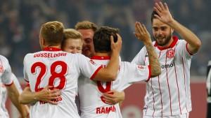 Düsseldorf gewinnt ein rassiges Derby