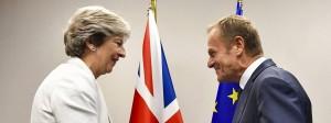 Gute Laune bei der britischen Premierministerin Theresa May und EU-Ratspräsident Donald Tusk, doch keine Einigung in Sicht.
