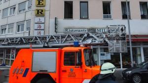 Polizei ermittelt gegen Gaffer nach Großbrand