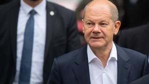 Scholz warnt Wirtschaft vor Führung durch Union